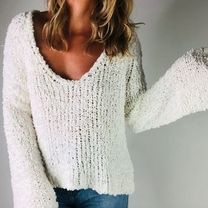 FREE PEOPLE | White Cotton Fuzzy V Neck Sweater S